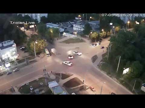 ДТП на перекрестке ул. Гвардейцев-Широнинцев - ул. Валентиновская (07-05-2016)