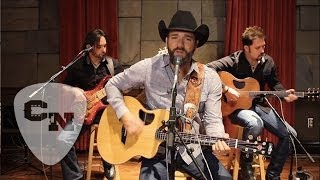 Craig Campbell - Keep Them Kisses Comin'   Hear and Now   Country Now