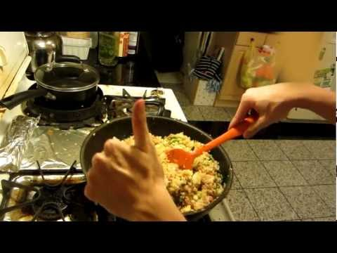 How To Make Generic Fried Rice (For Noobs)