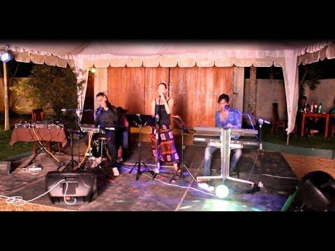 Hitha Dura Handa - C-breeze With Yvonne Englert video