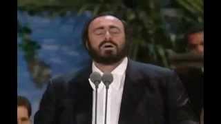Luciano Pavarotti Video - Luciano Pavarotti - Ave María - Concierto de Los Tres Tenores - 1994