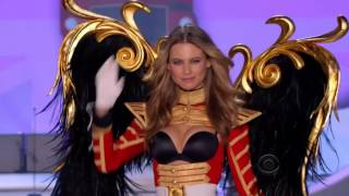 Behati Prinsloo Victoria's Secret Runway walks 2007 - 2015 HD