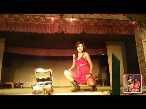 Hot Sexy Girl Dancing In Shobha Samrat Theatre 2013 video