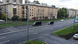 Слуги народа по Питеру едут)
