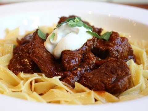 Beef Goulash - Hungarian Beef Goulash Recipe - Paprika Beef Stew