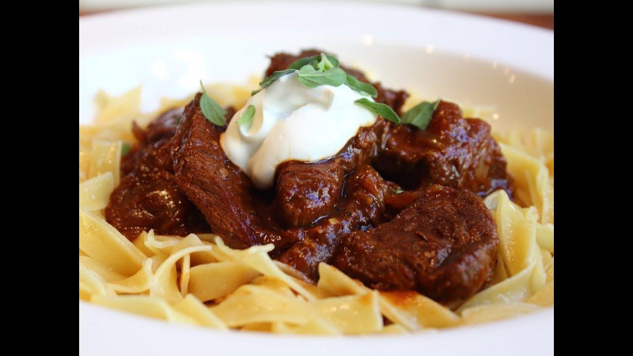 Beef Goulash - Hungarian Beef Goulash Recipe - Paprika Beef Stew ...