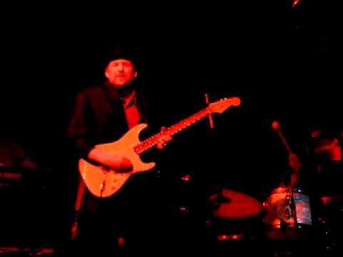 Ronnie Earl- 2010- Wolf Dance