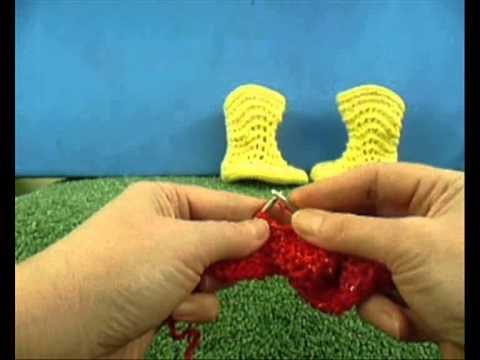 Как связать пинетки-сапожки на двух спицах - 9 / How to knit baby booties shoes very easy - 9