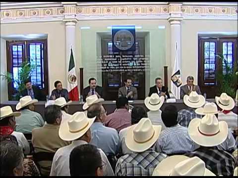 27-10-2009 Guillermo Padrés se reunió con representantes de los ocho pueblos de la tribu Yaqui