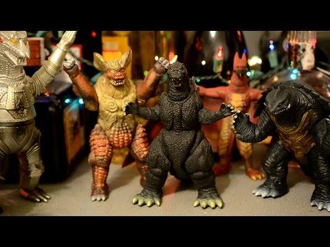 Monster Island Buddies: Episode 82 - The 12 Godzillas of Christmas
