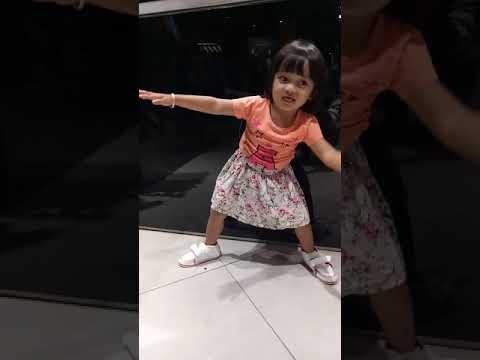 Anak kecil jago dance