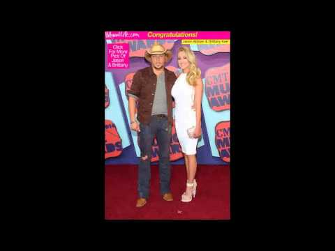 Jason Aldean Engaged To Former 'American Idol' Contestant Brittany Kerr