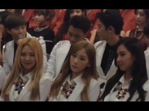 [fancam] 141025 Exo & Snsd At Korean Music Wave In Beijing Press Conference video
