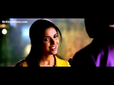 Kaise Mujhe Tum Hindi Song from Ghajini Movie