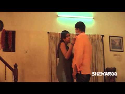 Manchi Mitrulu Comedy Scenes - Ashok having fun with his girlfriend...