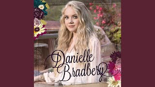 Danielle Bradbery Yellin' From The Rooftop