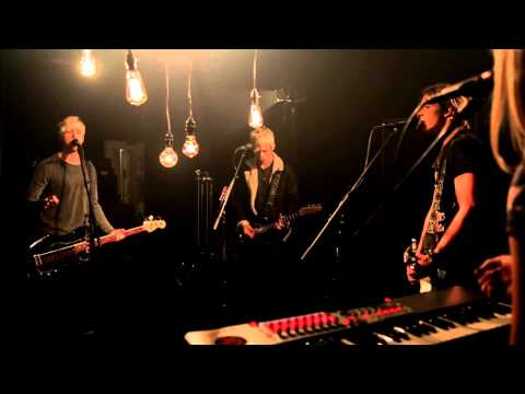Onerepublic - Counting Stars (cover By R5) video