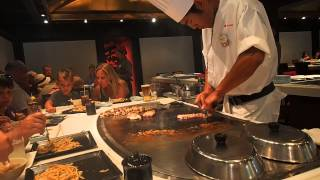 teppan edo chef making dinner