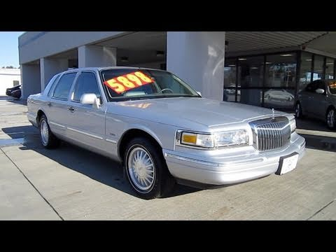 Black Lincoln Town Car  For Sale