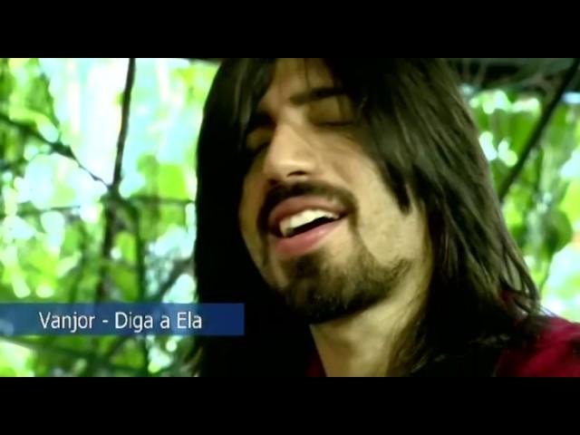 Vanjor, da banda Fruto Sagrado, apresenta músicas do seu projeto solo.