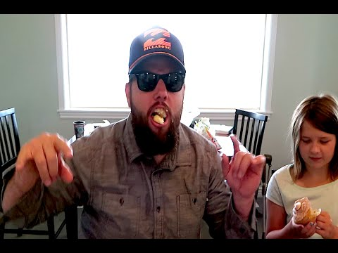 SHAYCARL EATS ALL THE CUPCAKES