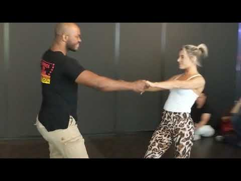 SSZF2018: Becky & Leo in Saturday workshops demo ~ Zouk Soul