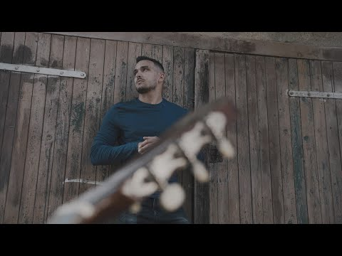 Nassh - Gondolok rád (Official Music Video)