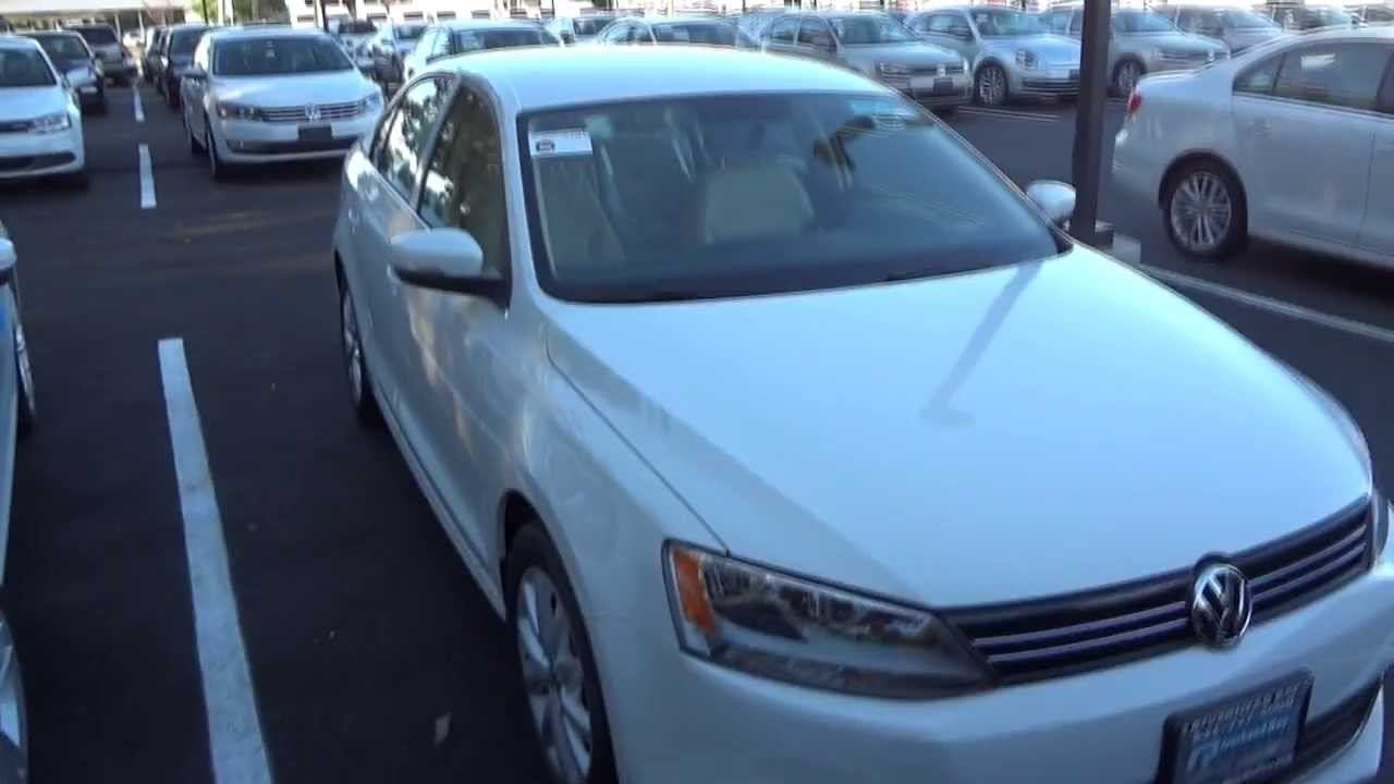 2014 volkswagen jetta 1 8t se w connectivity full tour. Black Bedroom Furniture Sets. Home Design Ideas