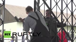 "Germany: ""Arbeit macht frei"" gate back at Dachau concentration camp after theft"