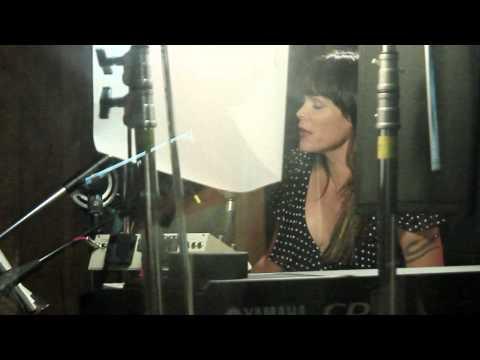 Beth Hart - Mechanical Heart (Studio Video) 2015