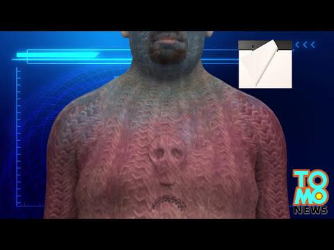 Modificación corporal extrema: Hombre implanta prótesis de silicona en forma de craneo en el pecho