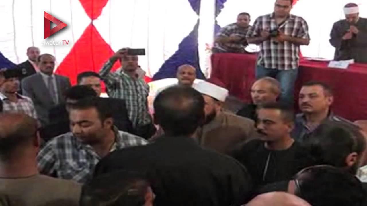 """محافظ أسيوط ومدير الأمن يشهدان إتمام الصلح بين """"أولاد النطاط"""" و""""بغدادي"""""""