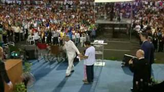 Healing of a deaf baby - Benny Hinn Philippines