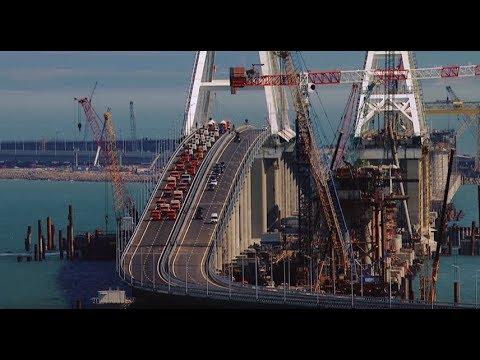 Europe's longest: Crimea bridge opens to car traffic (aerial views)