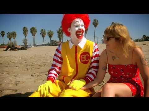 Best Coast - When I&#039;m With You [OFFICIAL VIDEO]