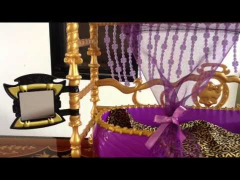 monster high ma clawdeen wolf et son lit youtube. Black Bedroom Furniture Sets. Home Design Ideas