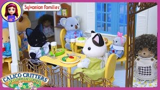 Sylvanian Families Calico Critters Courtyard Restaurant Unboxing Setup Play - Kids Toys