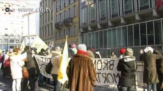 'Basta autostrade e cemento' gli ambientalisti protestano durante la Mobility Conference