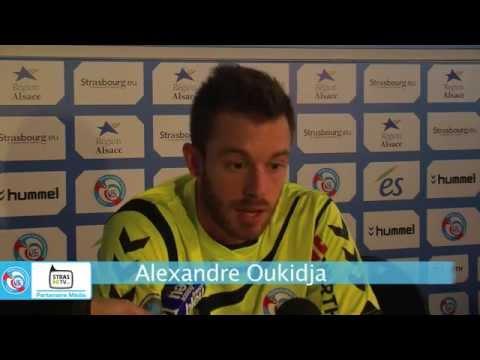 Les réactions de l'entraîneur Jacky Duguépéroux ainsi que du gardien de but Alexandre Oukidja après le match nul du RCSA contre l'USL Dunkerque. En savoir pl...