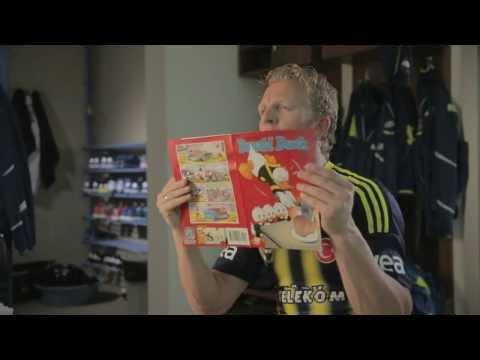 Donald Duck Met Dirk Kuyt Op TV - Ik Kom Zo