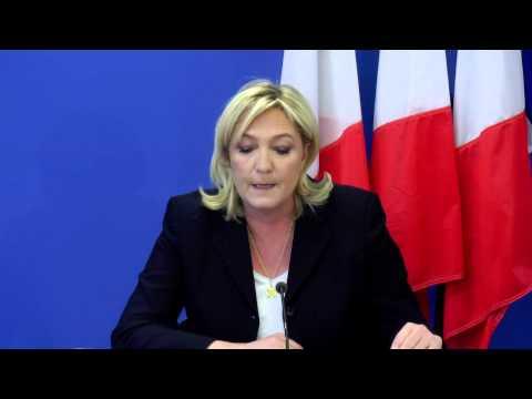 Nanterre (6 février 2015) : Conférence de presse de Marine Le Pen