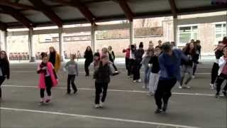 Flash mob enfant 2014 happy pharrell williams France