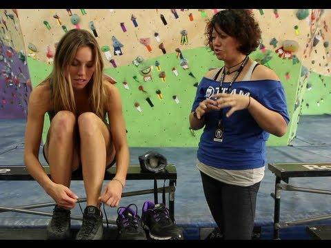 Lauren Learns Footwork at Brooklyn Boulders