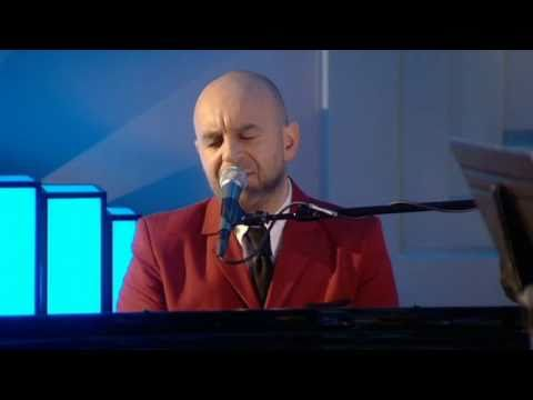 Elio Pace - If I Can Dream (Live on 'Weekend Wogan' BBC Radio 2)