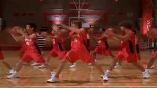 Watch Zac Efron Getcha Head In The Game video