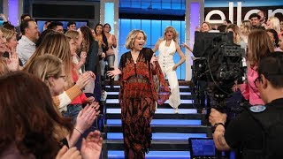 Kate Hudson & Goldie Hawn Dance It Out