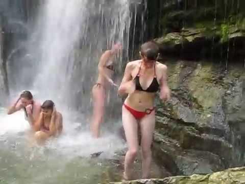 Иткаринский водопад — Википедия