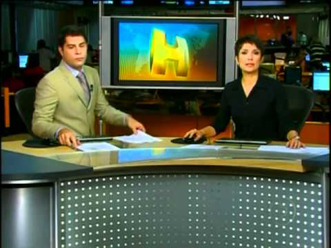Repórter se emociona com o massacre do Rio de Janeiro - Jornal Hoje