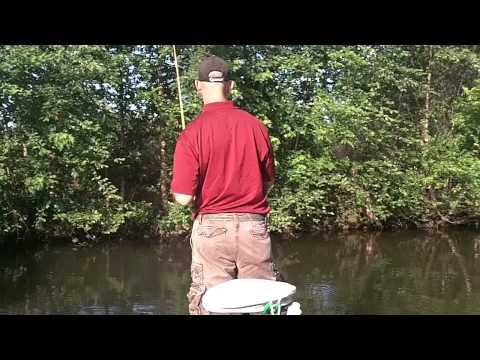 Bass Fishing Mississippi River Pool 19 6-11-11