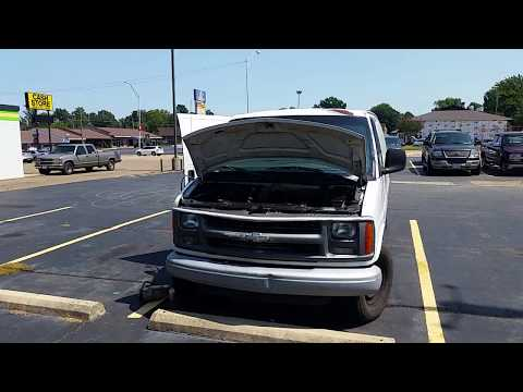 Removing fan from water pump on 2002 Chevy Express 3500